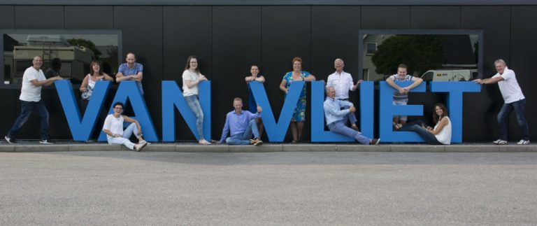 Team foto van Caravan Stalling van Vliet